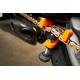 Outil regleur de tension pour chaine de moto